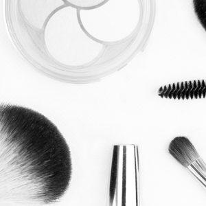 kijk-eens-kritisch-naar-je-make-up